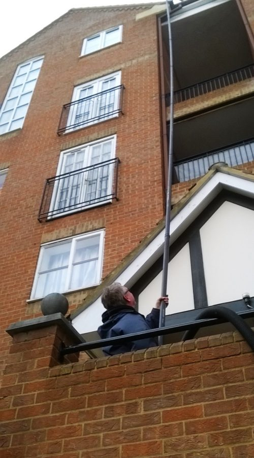 Block of flats gutter cleaner